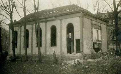 File:Danzig mennonite church in ruins after world war ii december 11 1946b 373.jpg