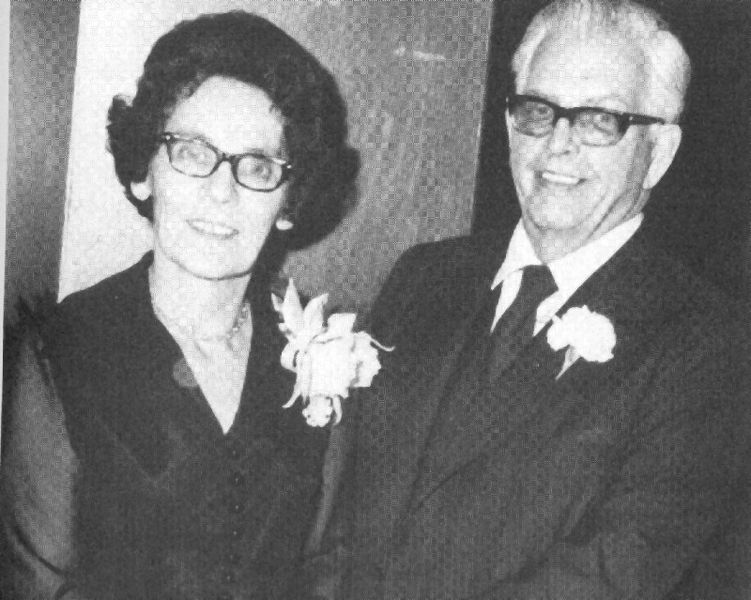 File:Lenore and AJ Thiessen 2.jpg