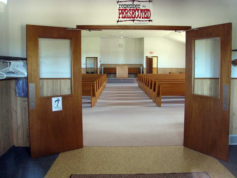 File:MorningviewAmishMennonite 2011 Interior.jpg