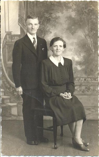 File:677.67B G.G. Schmidt and wife.jpeg