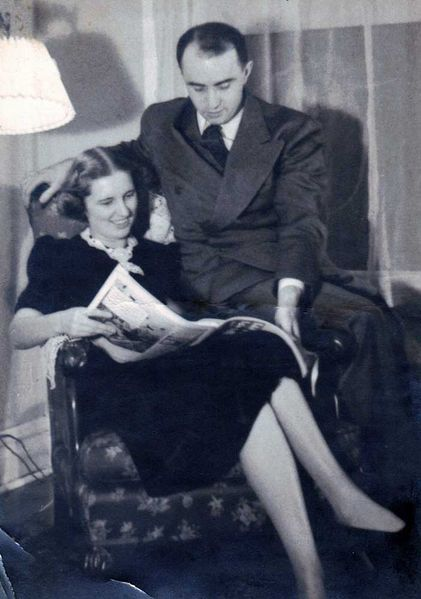 File:Fretz-Marguerite-Winfield-1937.jpg