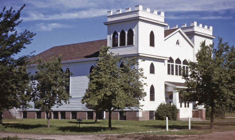 File:HendersonMBChurch1948.jpg
